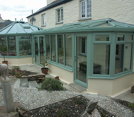 p-shaped Conservatories